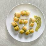 Spirali rustici con pesto di basilico e prosciutto cotto
