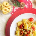 Paccheri con pomodori confit e taralli sbriciolati